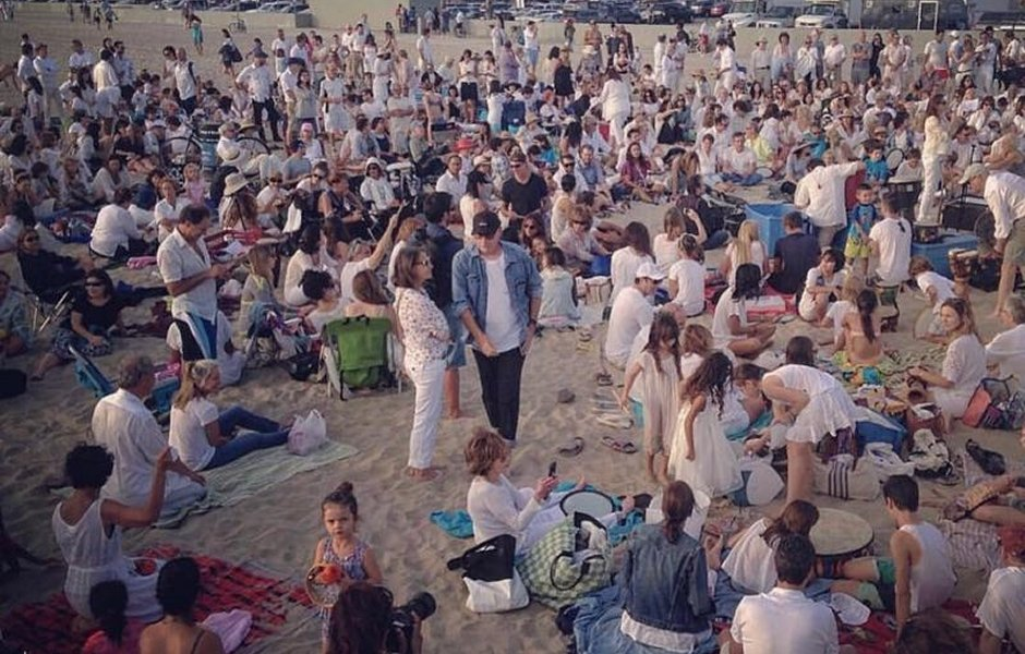 Nashuva's Shabbat Service on Santa Monica Beach