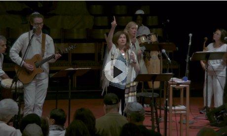 Last Shabbat Service